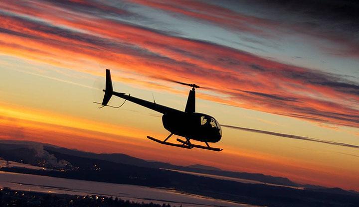 Vol au coucher du soleil pour deux personnes